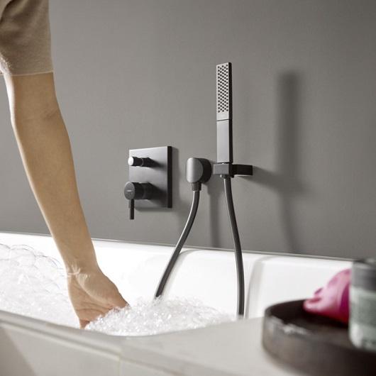 Ручной душ Hansgrohe Rainfinity 100 1jet 26866670 (матовый черный)